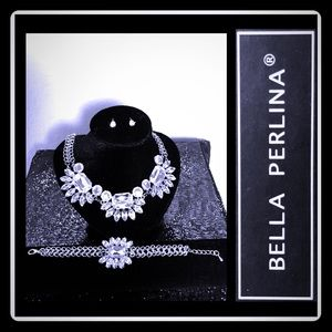 Bella Perlina Expressions Collection. Jewelry Set.
